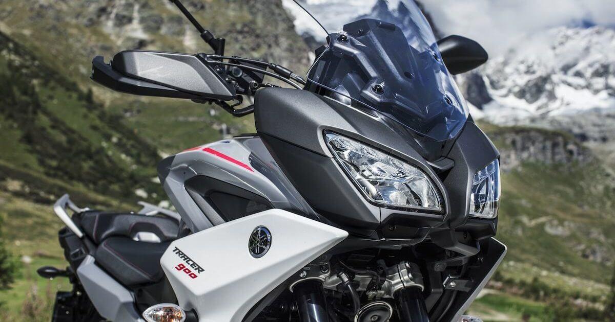 Βελτιωμένη εργονομία και προστασία απο τον άνεμο Yamaha Tracer 900 2018 2019