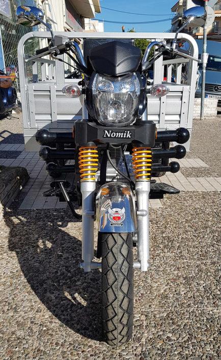Μπροστινή όψη τρικύκλου Nomik 200cc moto nomikos www.motonomikos.gr