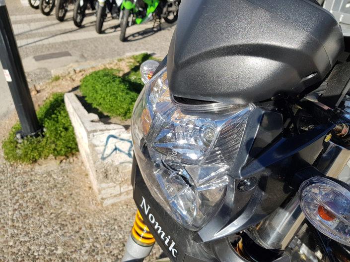 Μπροστινό φανάρι τρικύκλου με καρότσα Nomik 200cc injection euro 4