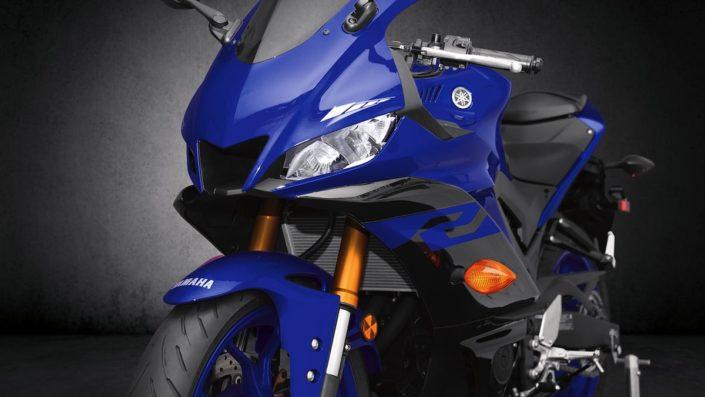 Νέα ριζοσπαστική εμφάνιση εμπνευσμένη απο τη YZR-M1 MotoGP Yamaha YZF R3