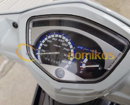 Μεταχειρισμένα Yamaha Crypton X 135 άσπρο κοντέρ-min