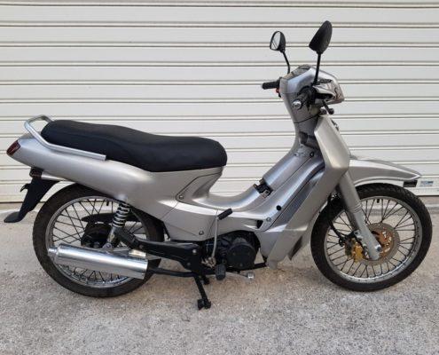 Μεταχειρισμένο Kawasaki Kaze-R 115 ασημί 2003 δεξιά-min