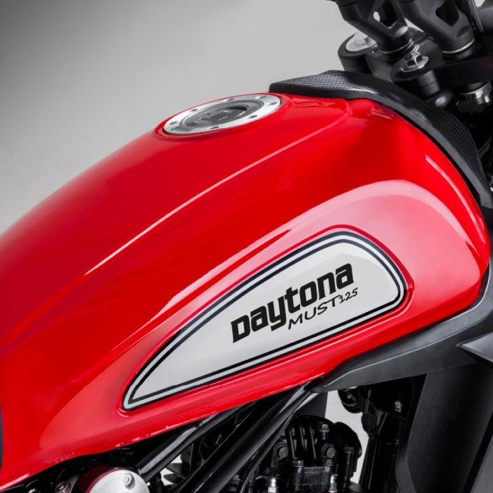 Daytona Must 125 τεπόζιτο