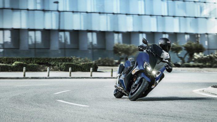 Yamaha TMAX SX SPORT EDITION 500 μπροστινή μεριά στροφή