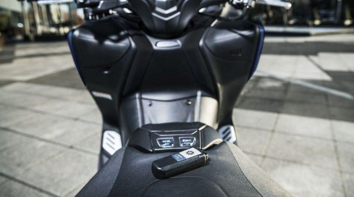 Yamaha TMAX SX SPORT EDITION 500 σέλα τιμόνι