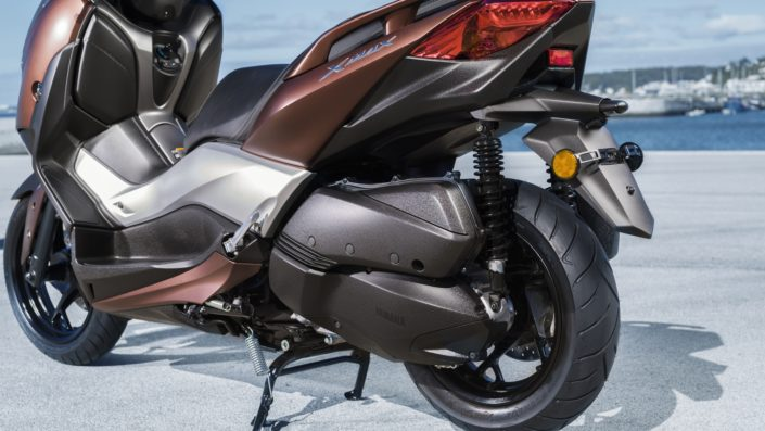 Yamaha XMAX 250 X-MAX πίσω αριστερή μεριά