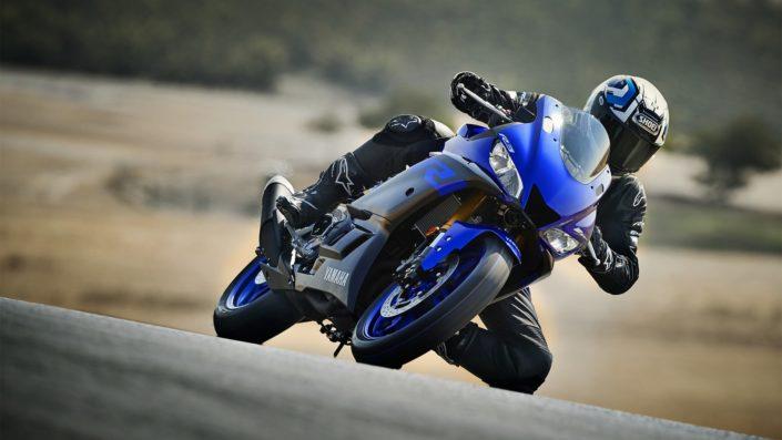 Yamaha YZF R3 πίστα φωτογραφία